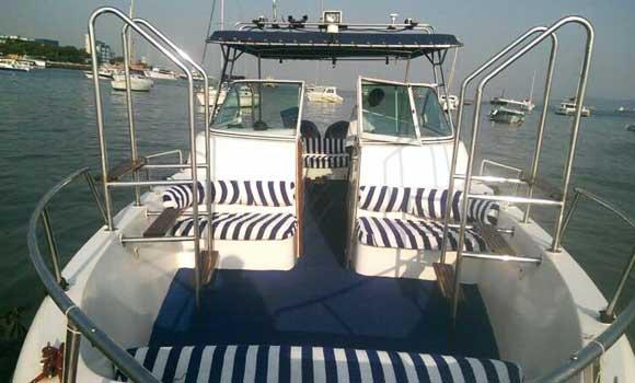 Gulf Craft 31 Speedboat on Hire in Mumbai