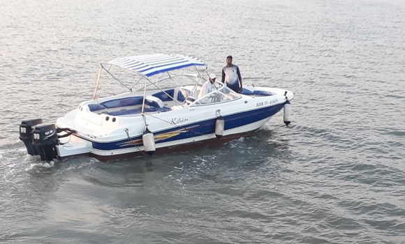 Bayliner 245 Speedboat on Hire in Mumbai